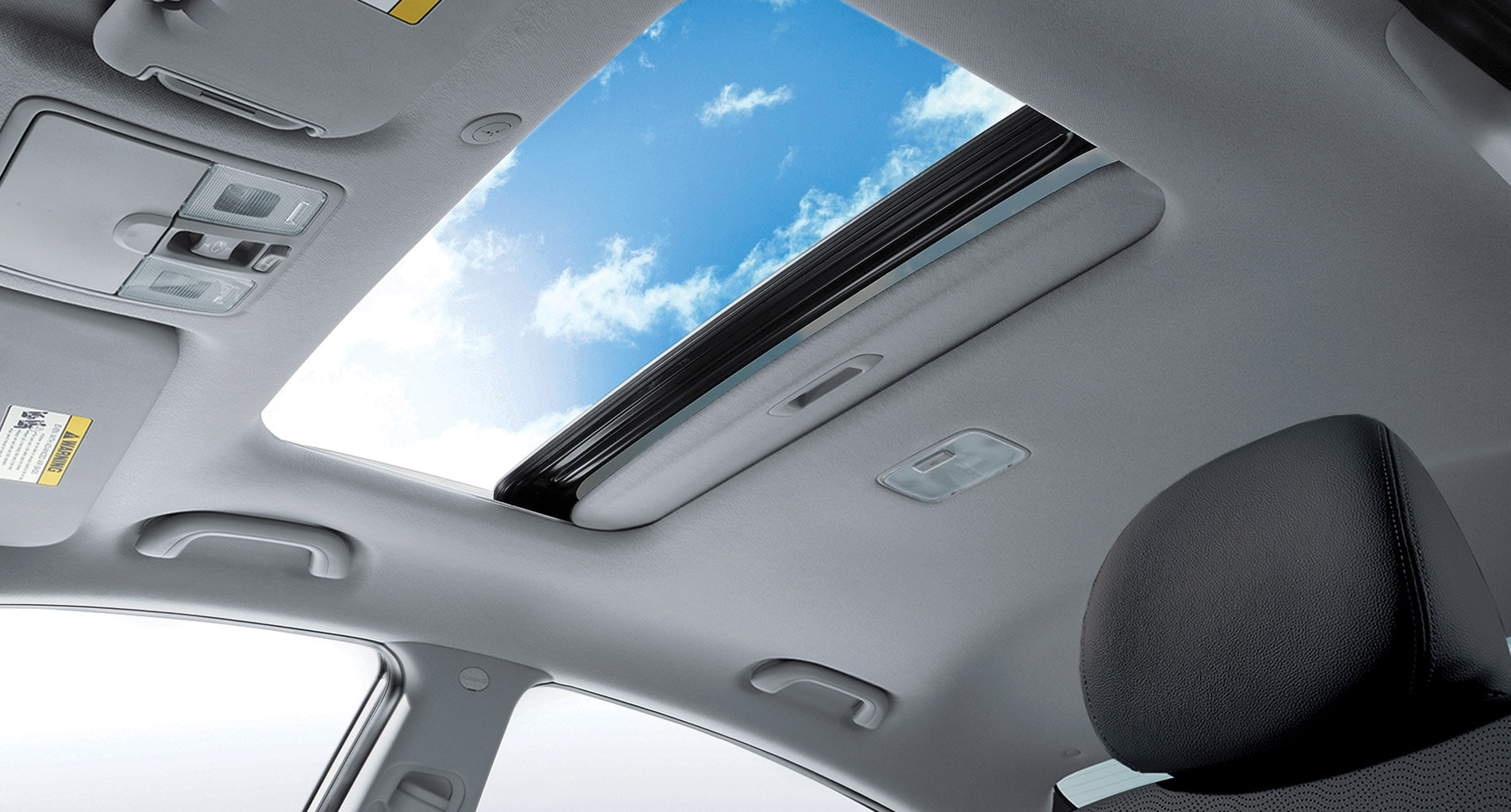 Automatic illumination (models with moonroof)