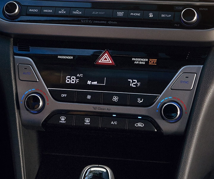 photo of Hyundai Elantra V3 2017 Dual-Zone Climate Control settings