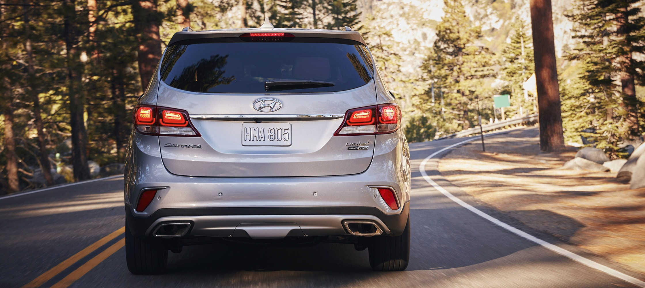 Exterior back photo of Hyundai Santa Fe XL 2017 sleek rear lights