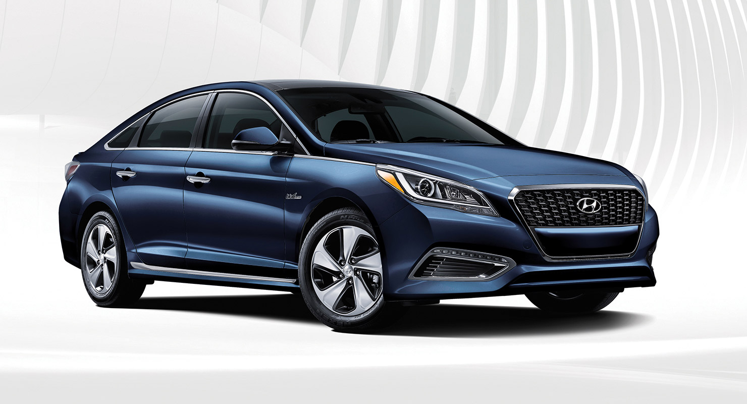 Exterior photo of sleek blue Hyundai Sonata Hybrid 2017 midsize sedan with silver outlines