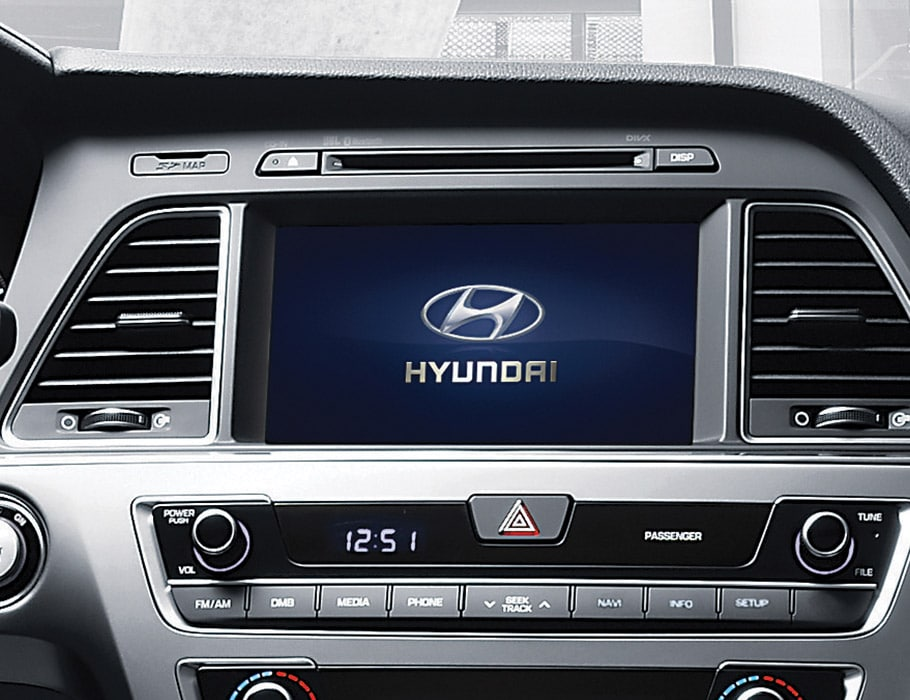 Image of Hyundai Sonata 2017 high-tech dashboard with five inch color touch-screen display and Bluetooth controls
