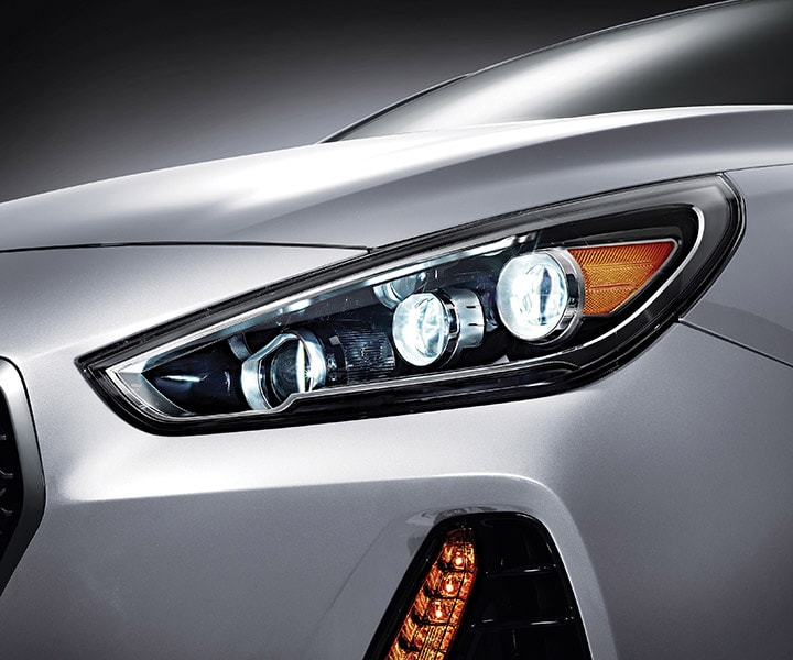 Front view of Hyundai Elantra GT 2018 LED daytime running lights for crisp illumination