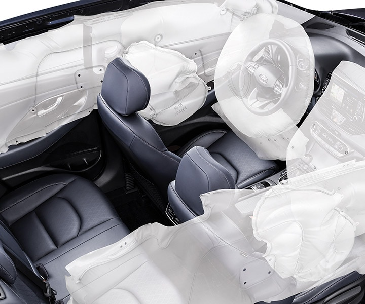 Photo of the Placement of the 2018 Elantra GT's 7 standard airbags by Hyundai