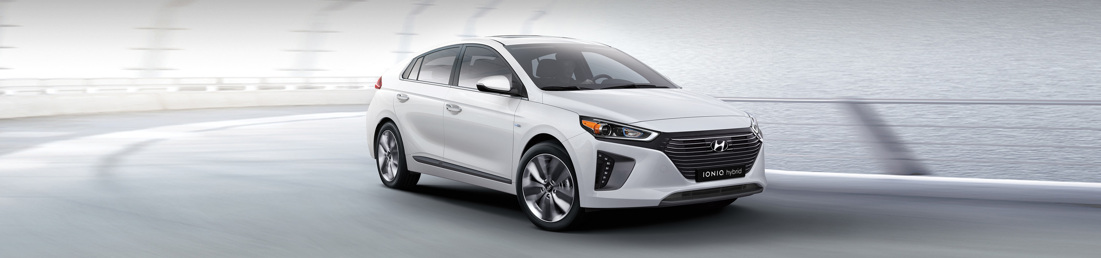 2018 Hyundai IONIQ Hybrid SE vs Toyota Prius Technology vs Ford C