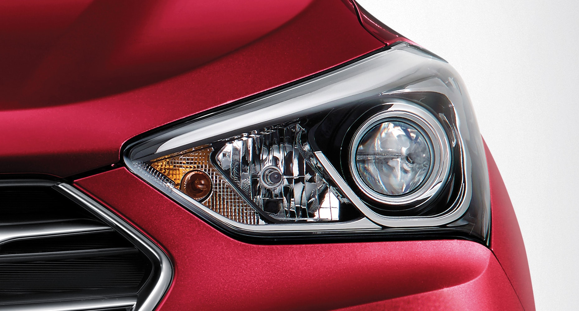 Hyundai Santa Fe Sport 2018 Spacious Luxury Suv Canada Auto Lighting System Diagram 2017 Best Cars Reviews Hid Headlights With Adaptive Cornering And High Beam Assist