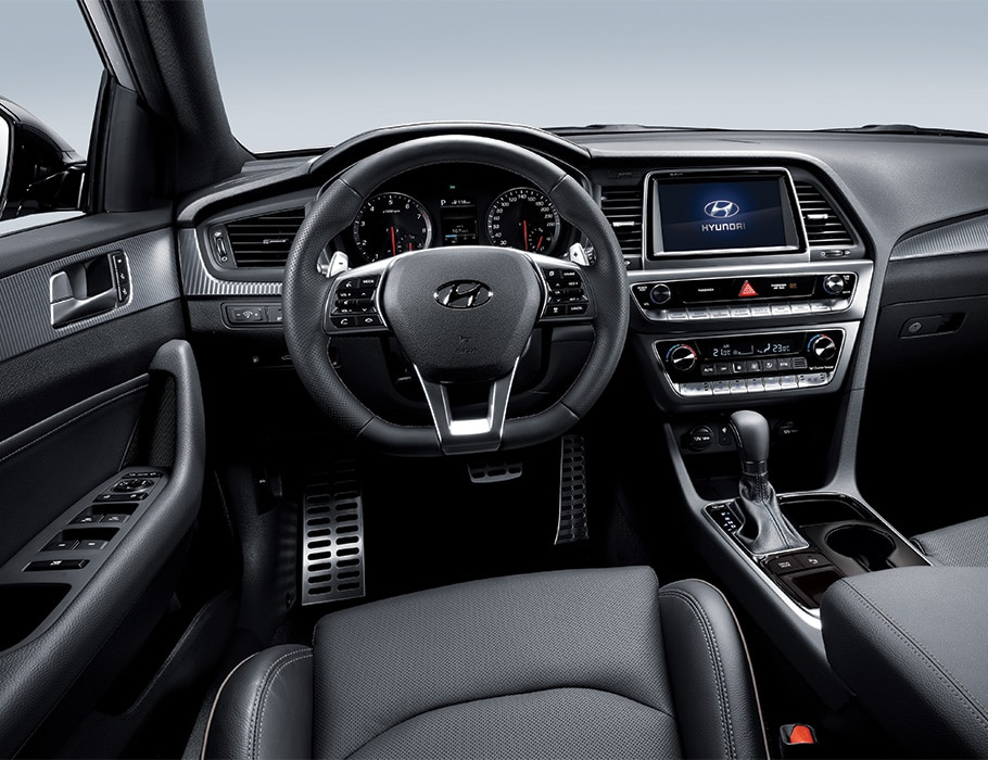 Front seat of the Hyundai 2018 Sonata with 6-speed automatic transmission.