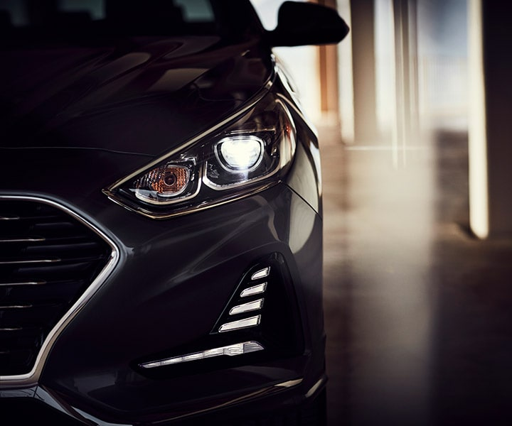 Close up of the Hyundai 2018 Sonata sleek led head lights.