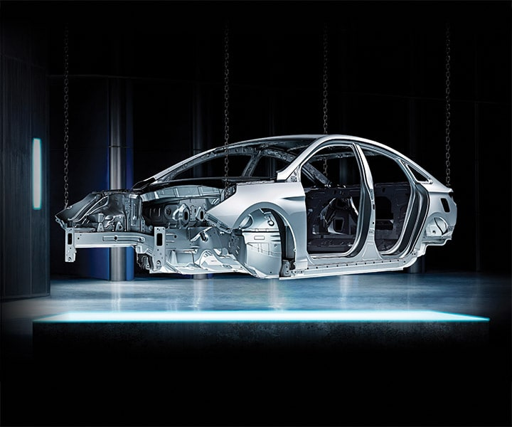 Image of the Superstructure™ steel body standard to every Hyundai 2018 Sonata.