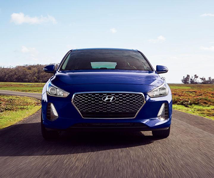 Hyundai Elantra Hatchback 2014: LED Daytime Running Lights
