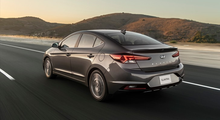 LED tail lights on the 2020 Elantra