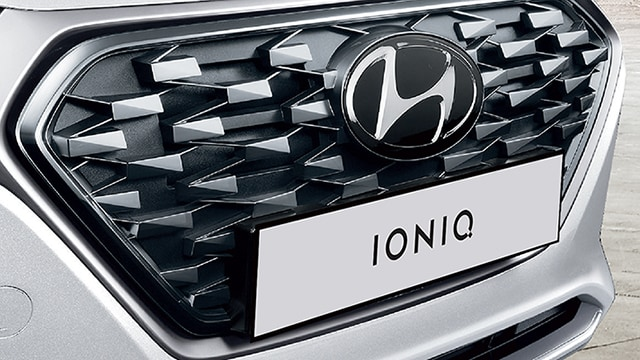 Front grille on the 2020 IONIQ Hybrid