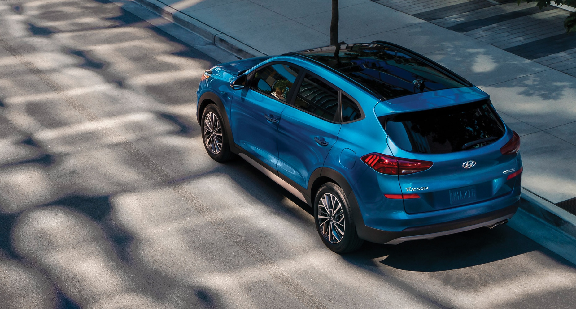 Side view of a blue 2020 Tucson.
